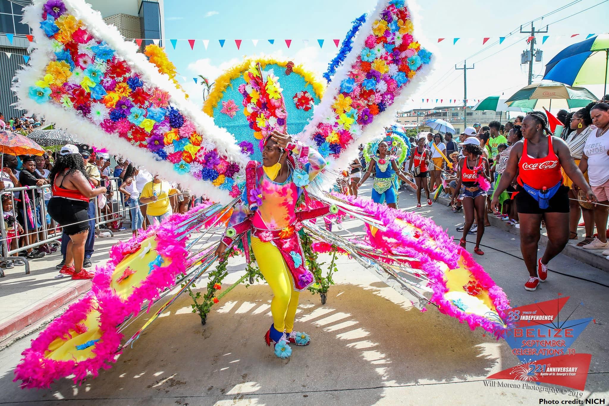 Carnival_in_Belize(NICH提供)(500k).jpg